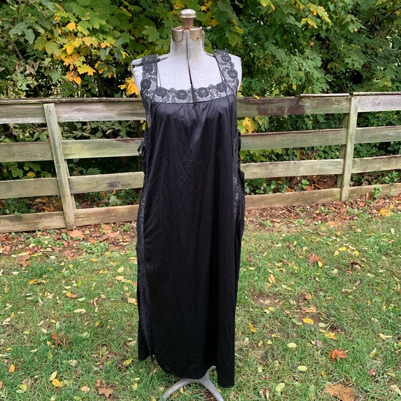 Vintage Black Lace Sheer Long Dress Nightgown